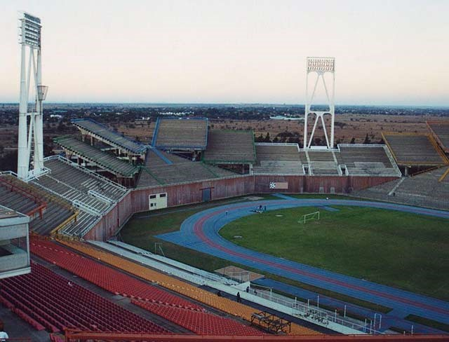 Mmabatho-estadio-Sudafrica-clickviaja