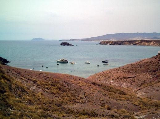 bahía de Mazarron viajar en autocaranava este verano clickviaja