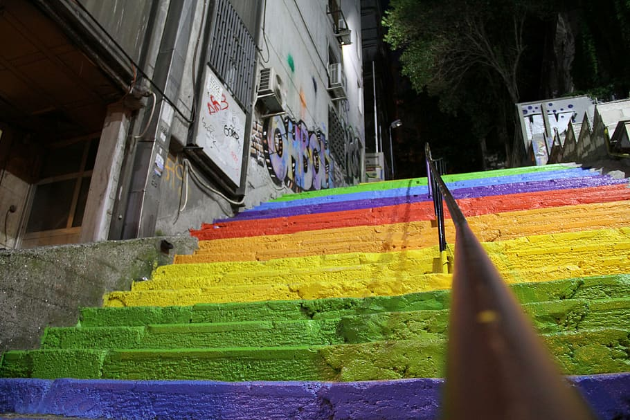 colors-stairs-rainbow