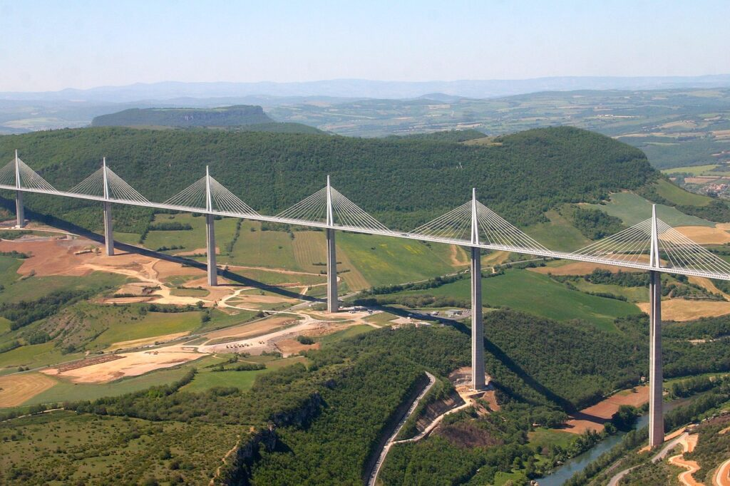 Puente millau puentes mas impresionantes del mundo clickviaja